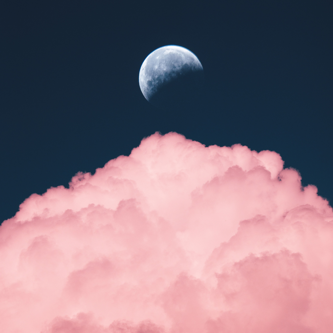Read more about the article How to Use the Moon to Cleanse